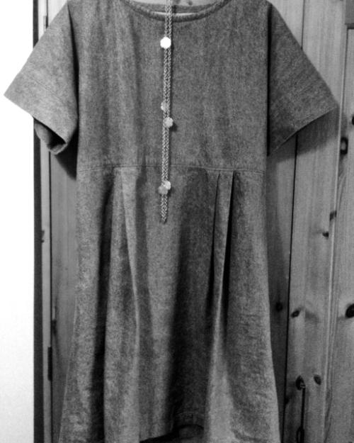 fluid dress - moving the pleats